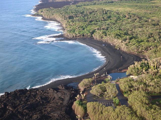 """Hawaii """"hút khách"""" nhờ thảm họa núi lửa - Ảnh 2."""