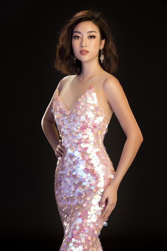 Hoa hậu Mỹ Linh, Tiểu Vy đọ dáng khoe vẻ đẹp một 9 một 10 - Ảnh 14.
