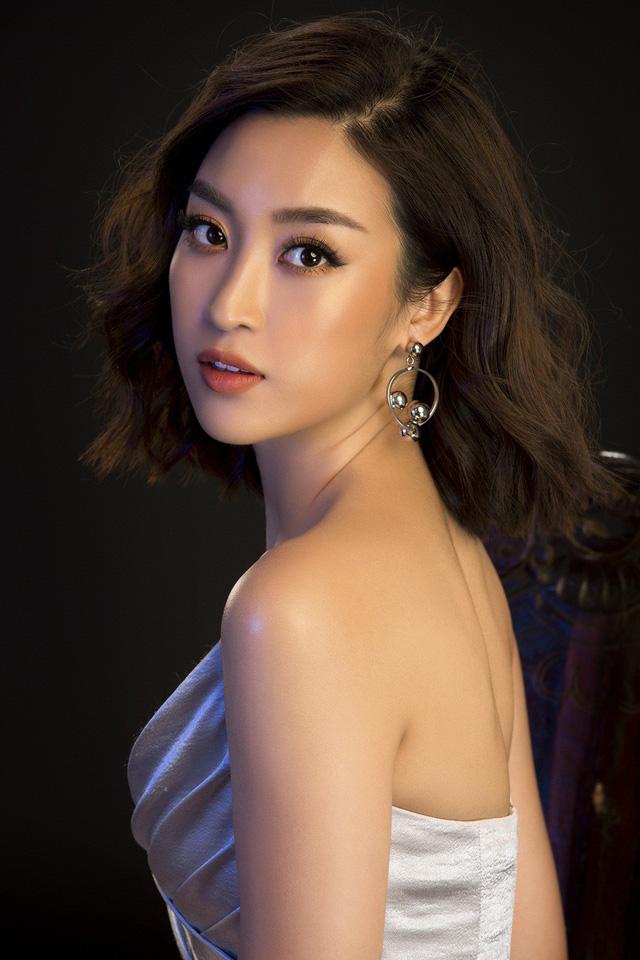 Hoa hậu Mỹ Linh, Tiểu Vy đọ dáng khoe vẻ đẹp một 9 một 10 - Ảnh 8.