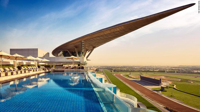 Top 10 trường đua ngựa đẹp nhất thế giới - Ảnh 1.