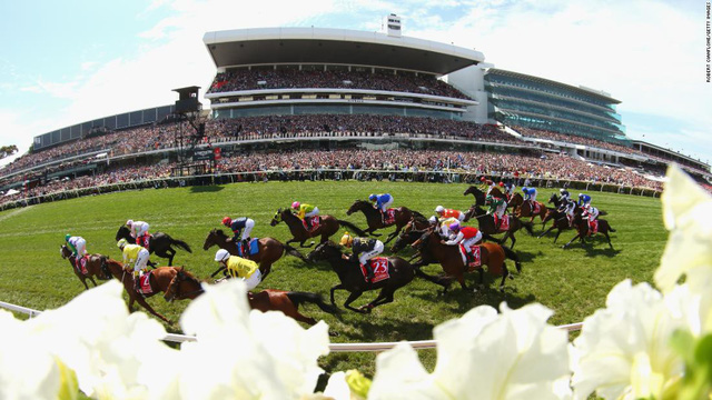 Top 10 trường đua ngựa đẹp nhất thế giới - Ảnh 3.