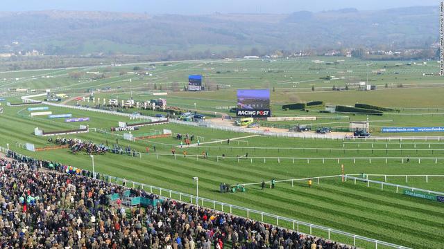 Top 10 trường đua ngựa đẹp nhất thế giới - Ảnh 10.