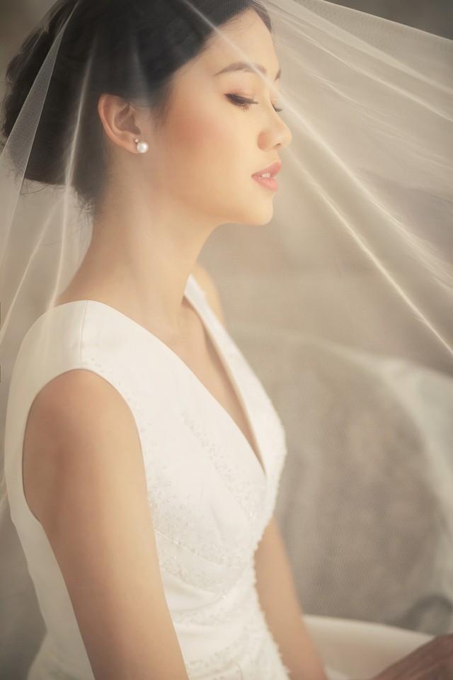 Á hậu Thanh Tú tung ảnh cưới hậu kết hôn với chồng đại gia - Ảnh 8.