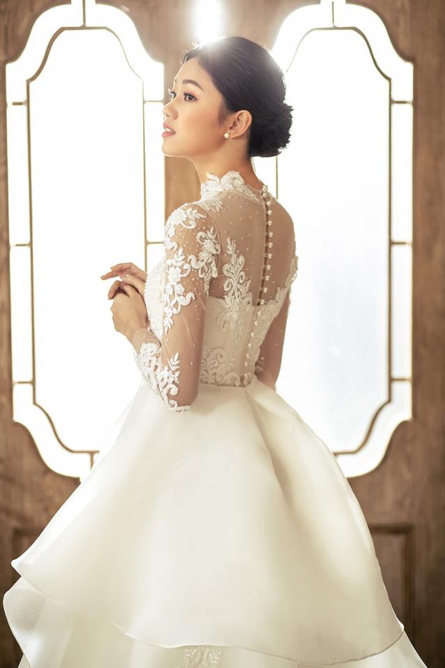 Á hậu Thanh Tú tung ảnh cưới hậu kết hôn với chồng đại gia - Ảnh 4.