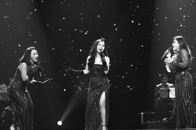 Những khoảnh khắc lắng đọng trong Live concert Đánh thức tầm xuân của nhạc sĩ Dương Thụ tại Hà Nội - Ảnh 4.