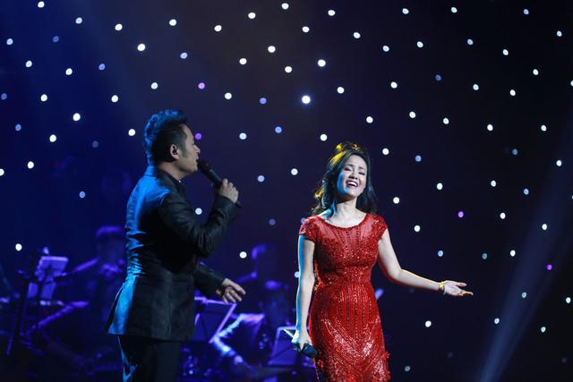 Những khoảnh khắc lắng đọng trong Live concert Đánh thức tầm xuân của nhạc sĩ Dương Thụ tại Hà Nội - Ảnh 3.