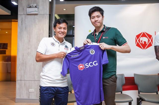 CLB Hà Nội gặp gỡ giao lưu người hâm mộ Việt Nam tại Bangkok (Thái Lan) - Ảnh 3.