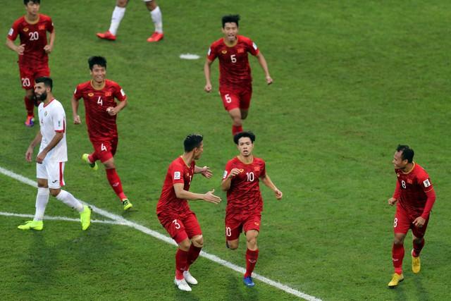 ẢNH: Những khoảnh khắc không quên của ĐT Việt Nam vượt qua ĐT Jordan ở vòng 1/8 Asian Cup 2019 - Ảnh 13.