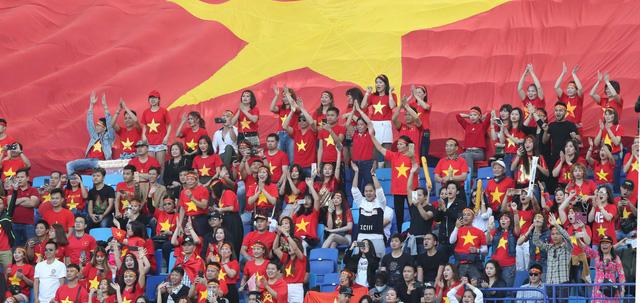 ẢNH: Những khoảnh khắc không quên của ĐT Việt Nam vượt qua ĐT Jordan ở vòng 1/8 Asian Cup 2019 - Ảnh 2.