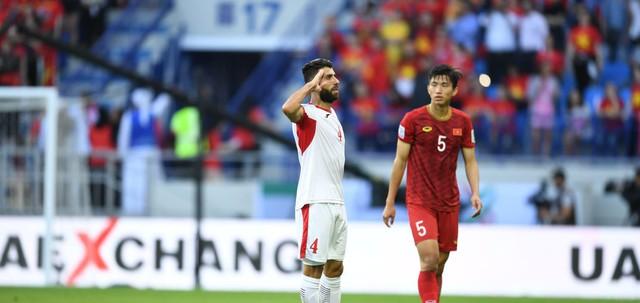 ẢNH: Những khoảnh khắc không quên của ĐT Việt Nam vượt qua ĐT Jordan ở vòng 1/8 Asian Cup 2019 - Ảnh 5.