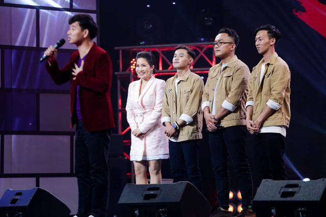"""Xuân Bắc """"lạy"""" Phương Uyên và Mỹ Linh trong tập 4 Ban nhạc Việt mùa 2 - Ảnh 3."""