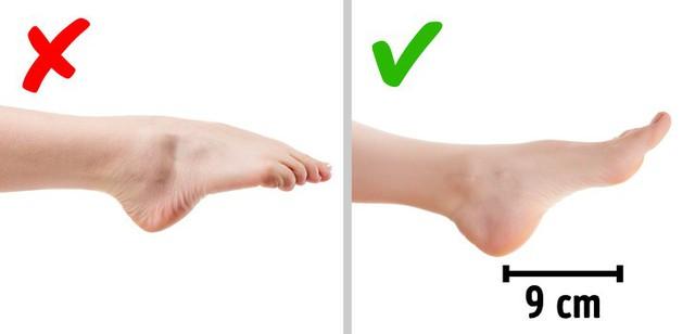 Những nguyên tắc đơn giản giúp đánh bay cơn đau chân bởi giày cao gót - Ảnh 2.