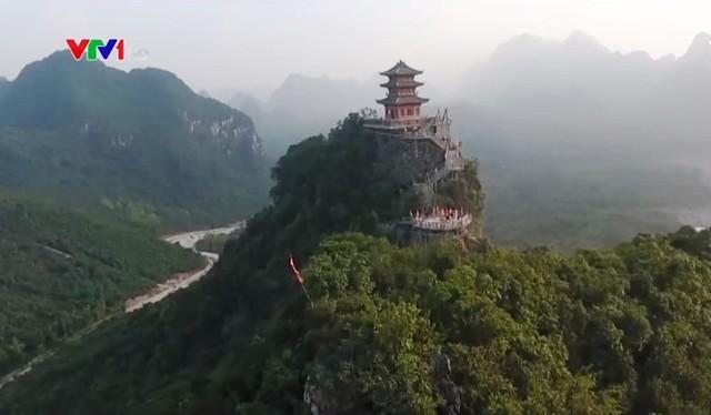Vẻ đẹp của chùa Tam Chúc, Hà Nam - Ảnh 1.