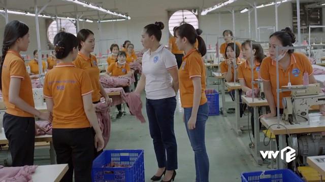 Những cô gái trong thành phố - Tập 5: Bị quản đốc nhiều lần giở trò cưỡng bức, Cúc tủi nhục ê chề - Ảnh 5.