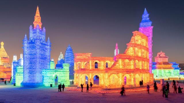 Trải nghiệm cảm giác lạnh buốt răng tại lễ hội băng lớn nhất thế giới ở Trung Quốc - Ảnh 6.