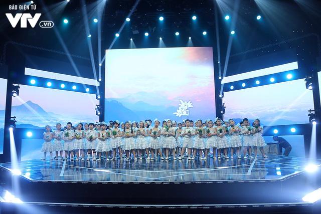 Đón Tết cùng VTV: Trọng Hiếu tham gia cùng hàng trăm vũ công và giọng ca nhí - Ảnh 8.