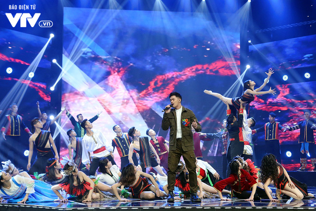 Đón Tết cùng VTV: Trọng Hiếu tham gia cùng hàng trăm vũ công và giọng ca nhí - Ảnh 5.