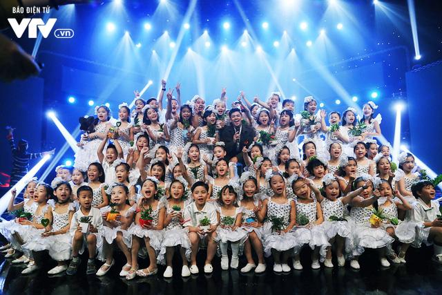 Đón Tết cùng VTV: Trọng Hiếu tham gia cùng hàng trăm vũ công và giọng ca nhí - Ảnh 3.