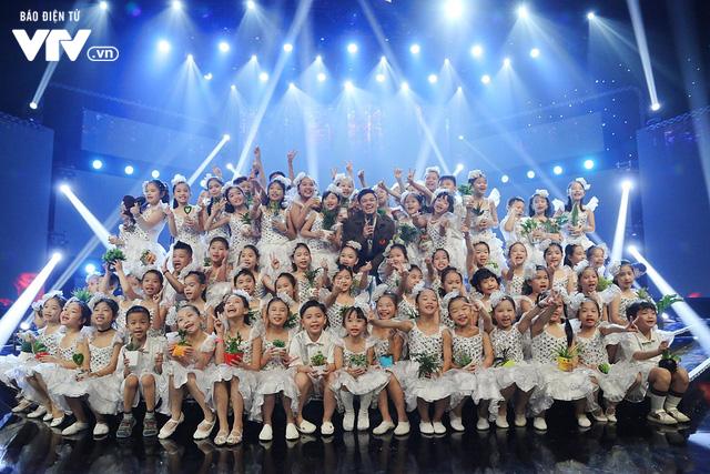 Đón Tết cùng VTV: Trọng Hiếu tham gia cùng hàng trăm vũ công và giọng ca nhí - Ảnh 2.