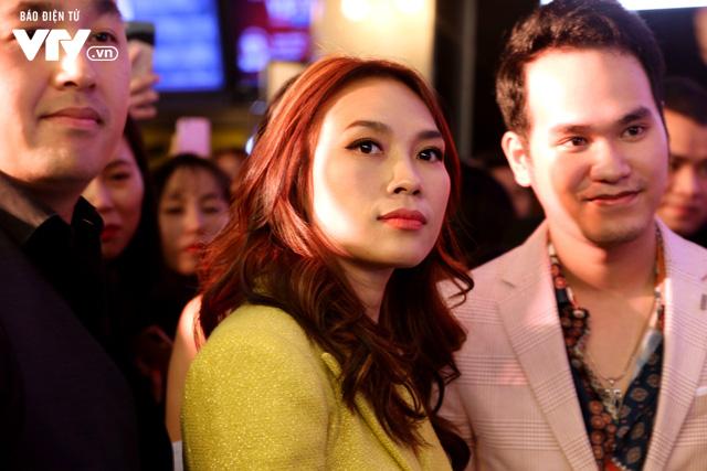 Mỹ Tâm tươi hết cỡ trong buổi ra mắt phim điện ảnh đầu tay tại Hà Nội - ảnh 1