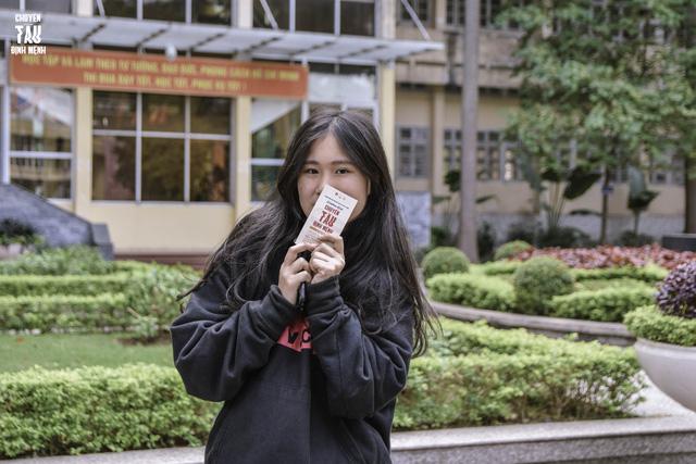 Đổi quà lấy vé xem kịch: Hoạt động thiện nguyện ý nghĩa của sinh viên Báo chí - Ảnh 4.