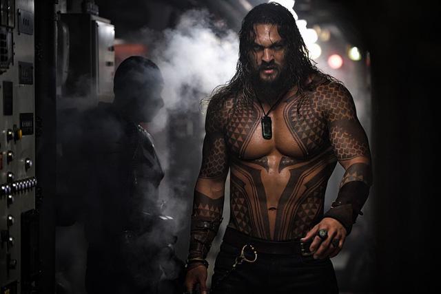 Aquaman là bộ phim có doanh thu cao nhất vũ trụ điện ảnh DC - Ảnh 1.
