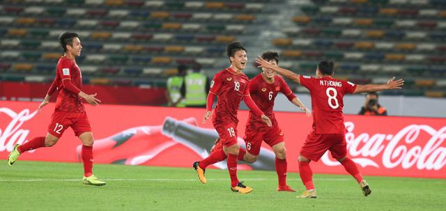 Asian Cup 2019: HLV Park Hang Seo đặt mục tiêu ĐT Việt Nam có điểm trước ĐT Iran - Ảnh 2.