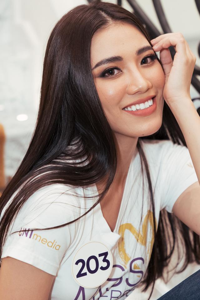 Hot girl đóng mòng biển Về nhà đi con lọt Top 60 Hoa hậu Hoàn vũ Việt Nam 2019 - Ảnh 2.