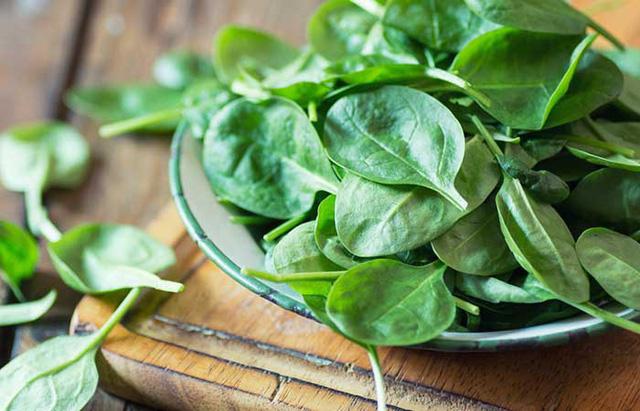 12 vitamin cần thiết giúp tóc mọc nhanh, khỏe - Ảnh 8.