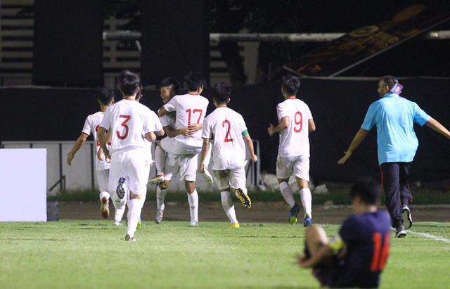 Cùng lúc ĐT Việt Nam chiến thắng, U19 Việt Nam đánh bại U19 Thái Lan ở phút 90+3 - Ảnh 4.