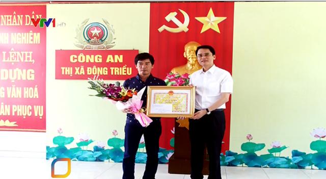 Nghi phạm cướp tiệm vàng ở Quảng Ninh ra đầu thú - Ảnh 2.