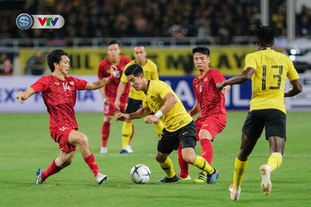 ẢNH: Khoảnh khắc thiên tài của Quang Hải giúp ĐT Việt Nam thắng ĐT Malaysia - Ảnh 3.