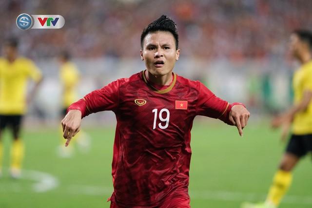 ẢNH: Khoảnh khắc thiên tài của Quang Hải giúp ĐT Việt Nam thắng ĐT Malaysia - Ảnh 11.