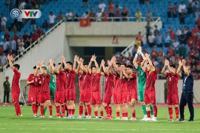 ẢNH: Khoảnh khắc thiên tài của Quang Hải giúp ĐT Việt Nam thắng ĐT Malaysia - Ảnh 19.