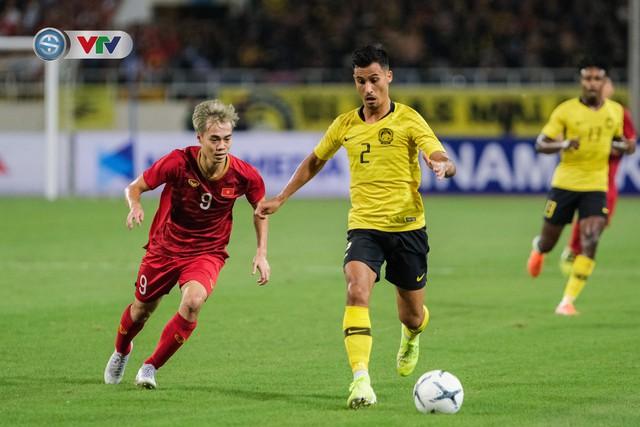 ẢNH: Khoảnh khắc thiên tài của Quang Hải giúp ĐT Việt Nam thắng ĐT Malaysia - Ảnh 2.