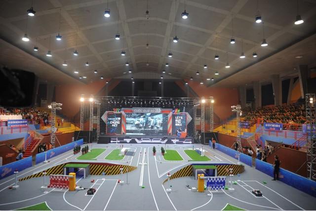 Đài THVN và FPT phát động động cuộc thi lập trình xe tự hành quốc tế mùa thứ tư - Ảnh 2.
