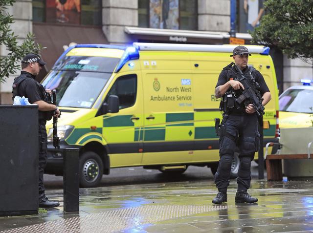 Tấn công bằng dao tại Manchester, Anh - Ảnh 2.