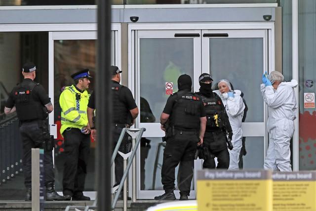 Tấn công bằng dao tại Manchester, Anh - Ảnh 5.