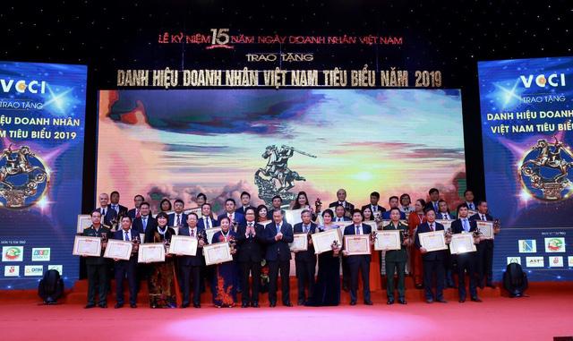 Vinh danh 100 doanh nhân Việt Nam tiêu biểu 2019 - Ảnh 3.