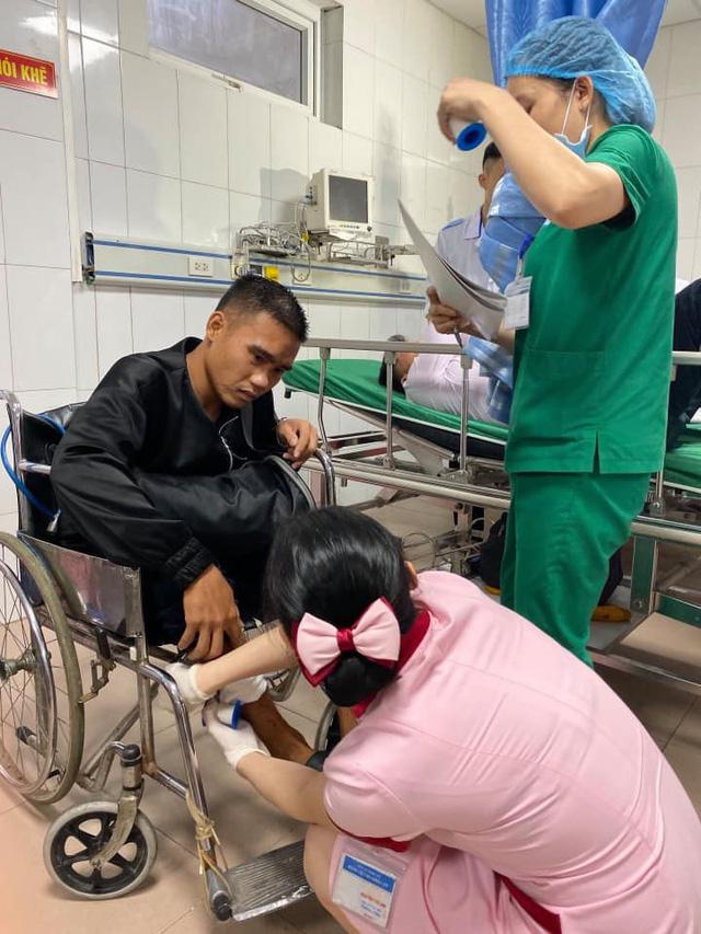 Tai nạn giao thông nghiêm trọng tại Nghệ An: Khẩn trương cấp cứu hàng chục nạn nhân - Ảnh 4.