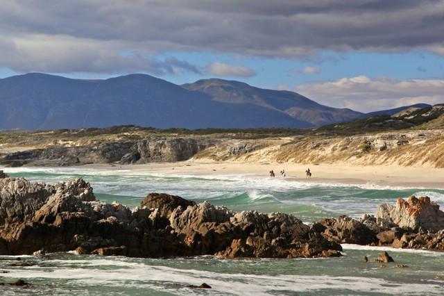 Những bãi biển dù rất đẹp nhưng du khách vẫn nên tránh xa - ảnh 6