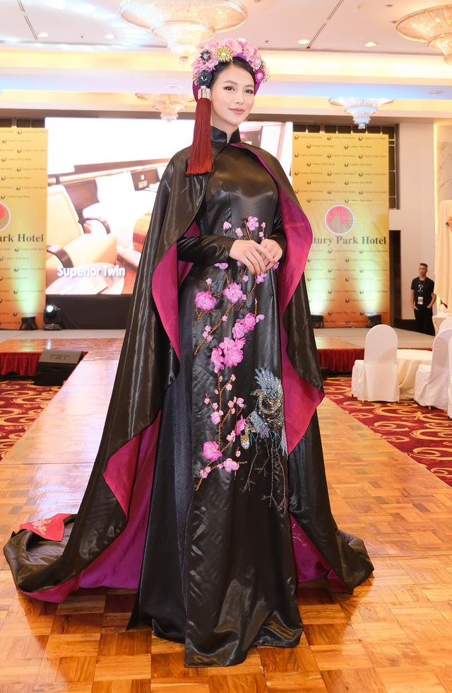 Phương Khánh diện áo dài lộng lẫy chấm thi Miss Earth 2019 - Ảnh 14.