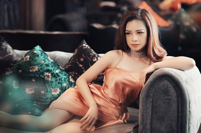 Dương Hoàng Yến khoe vẻ đẹp gợi cảm trong bộ ảnh mới - Ảnh 1.