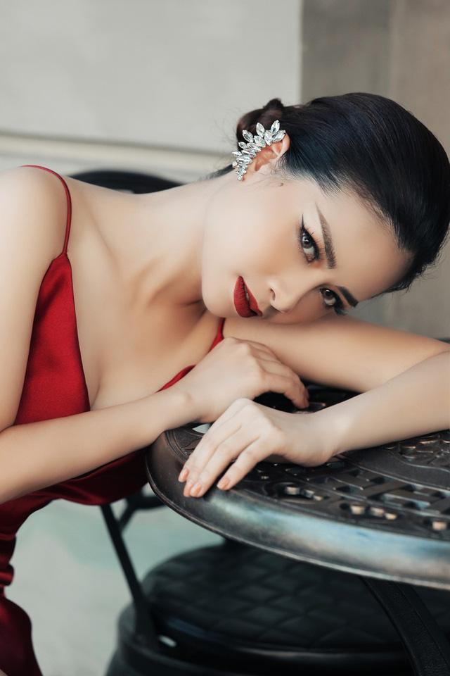 Dương Hoàng Yến khoe vẻ đẹp gợi cảm trong bộ ảnh mới - Ảnh 5.