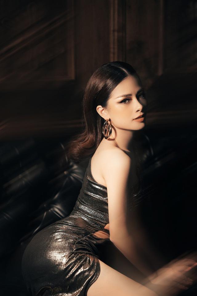 Dương Hoàng Yến khoe vẻ đẹp gợi cảm trong bộ ảnh mới - Ảnh 7.