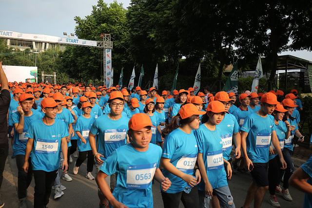 2000 vận động viên tham gia giải chạy Run For Green 2019 tại Hà Nội - Ảnh 1.