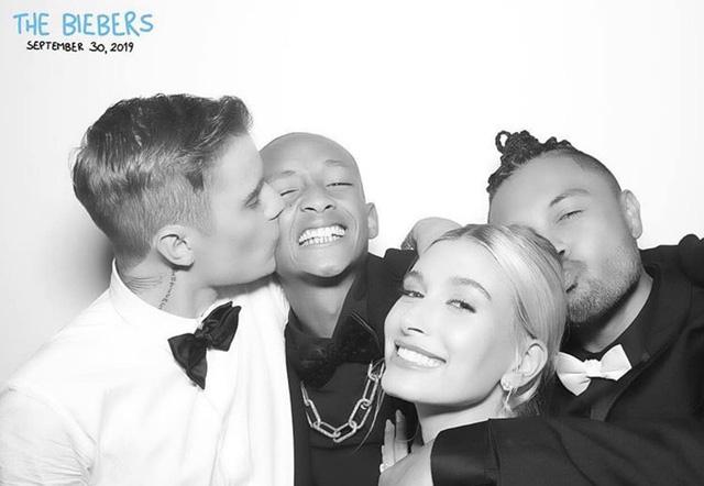 Justin Bieber khoe ảnh đám cưới hạnh phúc bên vợ - Ảnh 3.