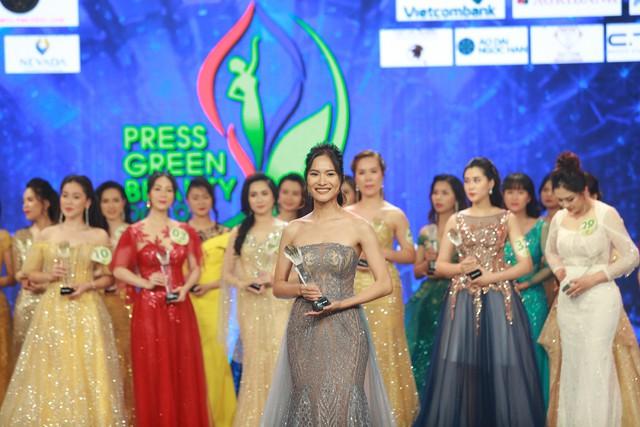Top 15 Hoa hậu Việt Nam 2018 Phạm Ngọc Hà My đăng quang Hoa khôi Press Green Beauty 2019 - Ảnh 9.
