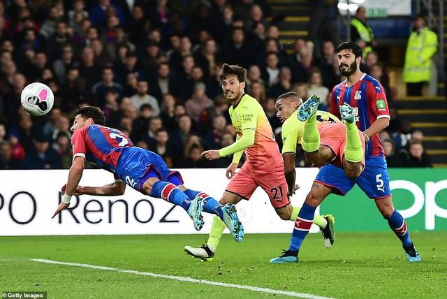 Lịch thi đấu, BXH Vòng 9 Ngoại hạng Anh: Manchester City tạm thu ngắn cách biệt với Liverpool - Ảnh 1.