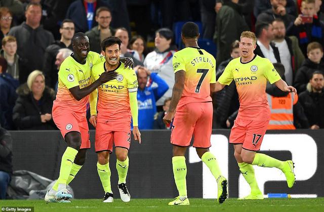Lịch thi đấu, BXH Vòng 9 Ngoại hạng Anh: Manchester City tạm thu ngắn cách biệt với Liverpool - Ảnh 2.